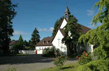 Mutterhaus und Kapelle