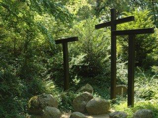 The 3 crosses